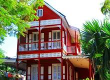 Haiti Homes: Red house in Haiti